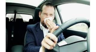 رائحة البنزين داخل السيارة الحل الاكيد